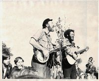 Lorre and Pete Perform at the Pumpkin Sail, 1973